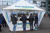 v-rienaecker-sms-bet-at-home-schalke-2568