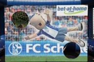 v-rienaecker-bet-at-home-schalke04-6378